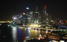Singapur_Skyline_at_Night